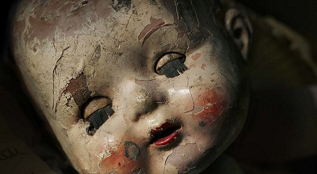 broken-eye-sockets-severed-limbs-this-creepy-doll-hospital-will-definitely-trigger-your-357136